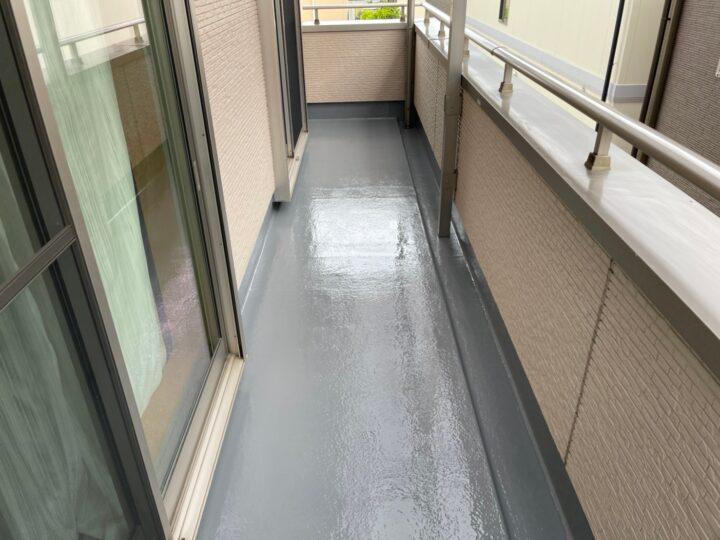 清須市 W様 ベランダ防水トップコート工事