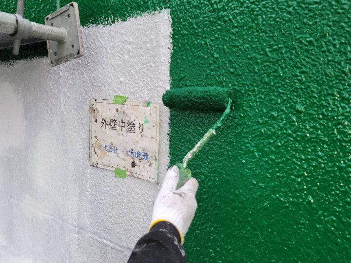 外壁塗装中塗り(正面)