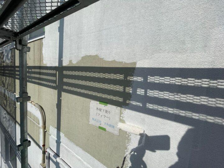 西面外壁塗装下塗り