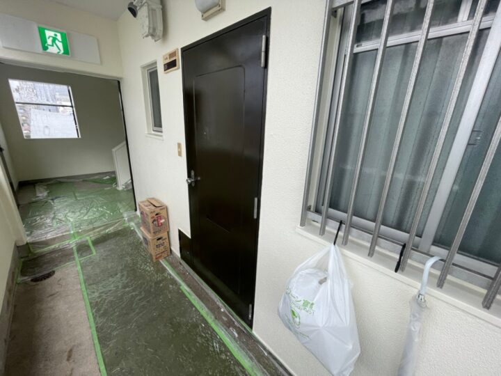 玄関ドア塗装完了