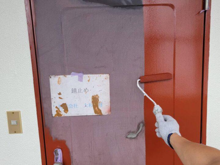 玄関ドア錆止め塗布